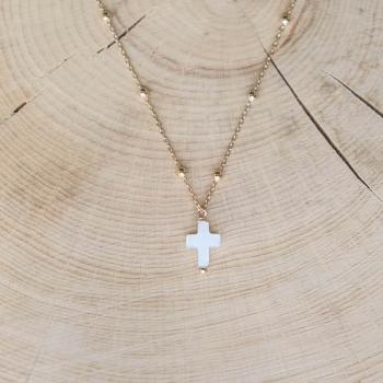 collier maria plaqué or croix en Nacre
