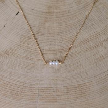 collier laura plaqué or trio de perles d'eau douce