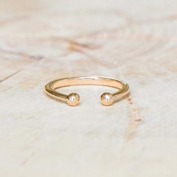 Bague Anouk réglable plaquée or perles dorées