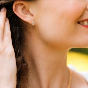 boucles d'oreilles izaline puce nacre plaqué or