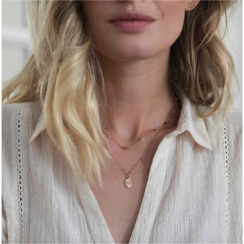 collier plaqué or pedentif vierge miraculeuse chaîne perlée