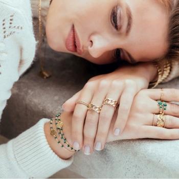 bracelet letizia perles vert d'eau martelé plaqué or