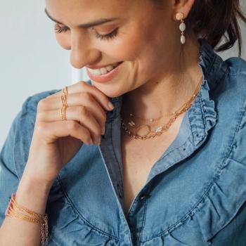 collier fin Nora perles d'eau douce plaqué or