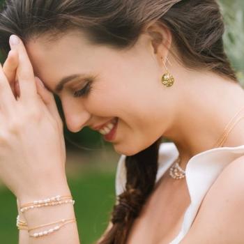 bracelet ophélia plaqué or serti de perles d'eau douce